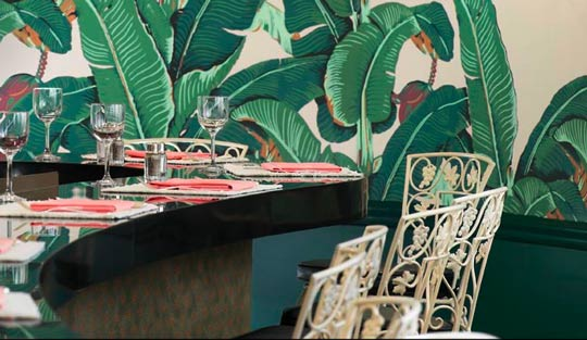 Banana Leaf / Martinique Wallpaper at The Fountain Room at The Beverly Hills Hotel / The English Room Blog